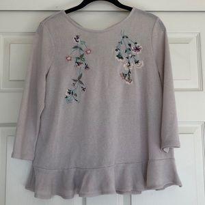 Pretty open-back pullover